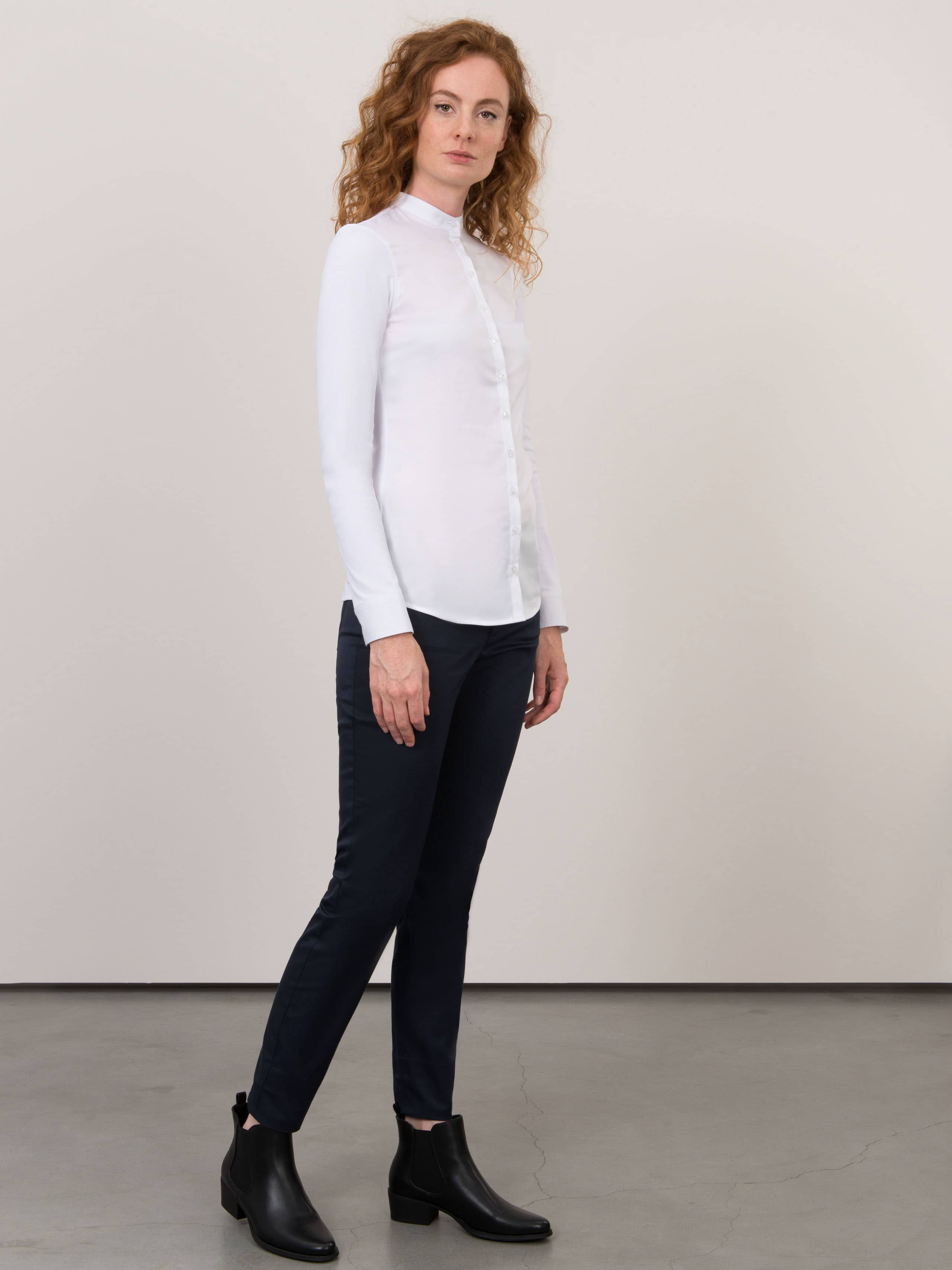 Service Shirt Lisa White
